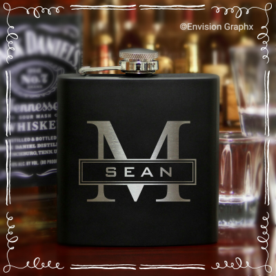 MONOGRAMFLASK - Black Momgram Flask